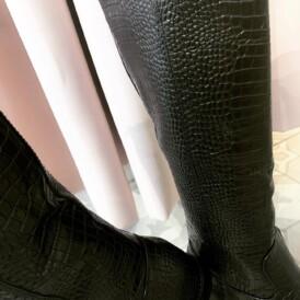 Shoes boots black