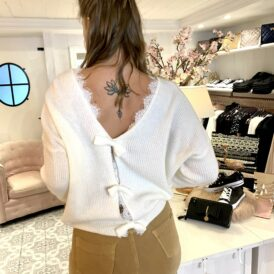 Sweater bow ivory