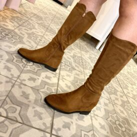 Shoes boots suede camel