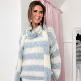 Sweater & Scarf Amy light blue