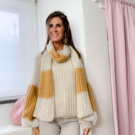 Sweater & Scarf Maxine