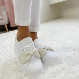 Sneakers love beige