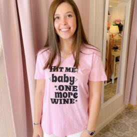 T-Shirt Hit me baby one more wine